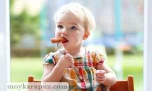 С какого возраста можно давать сосиски детям и как их приготовить в домашних условиях?
