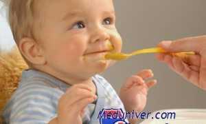 С какого возраста можно давать йогурт детям и как его приготовить?